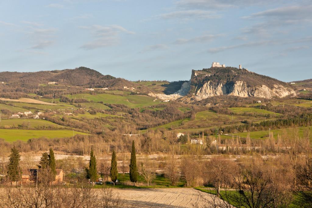Вид на Сан Лео из Новафелтрия