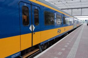 Голландский поезд